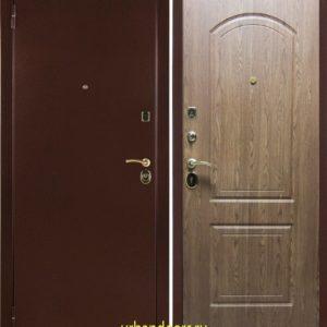 Заводские двери Оптим в цвете светлый Дуб